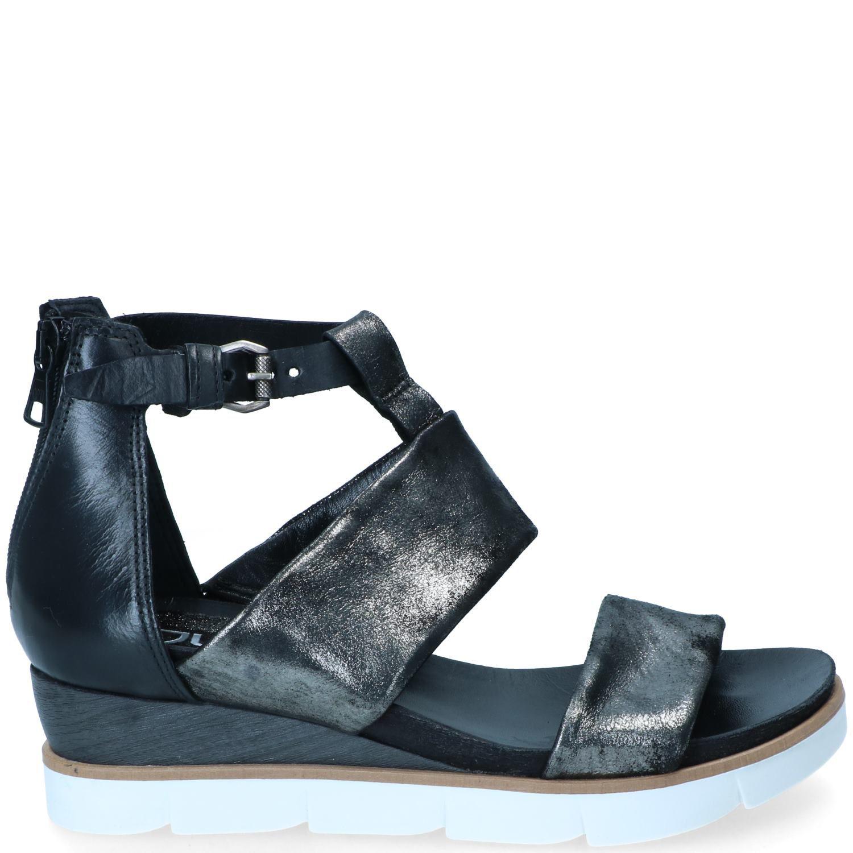 Mjus sandaal